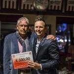 Overhandigen cheque Rigtersbleek door Gerrit Pieters